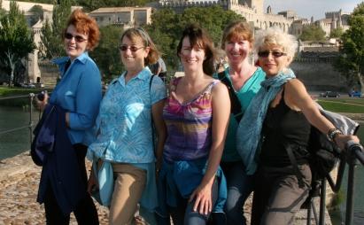 ©R.Goellnitz - Les Dames 'Sur le Pont DA'vignon' during Yoga Retreat in Provence