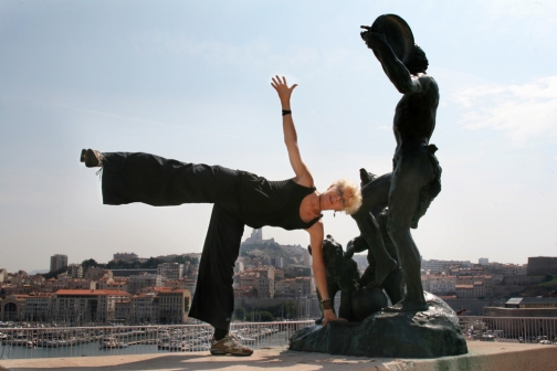 ©RGoellnitz - RoxAnn striking a pose in Marseille, France.