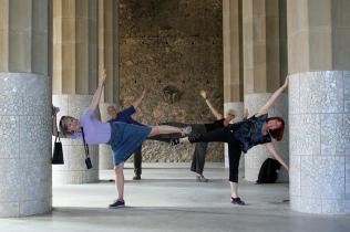 ©RGoellnitz 2012 - Striking a pose at Park Güell in Barcelona