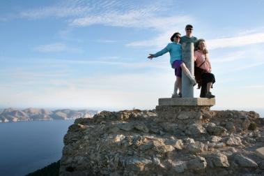 ©R. Goellnitz - On the Peek - Hike during Yoga Retreat in Mallorca 2012