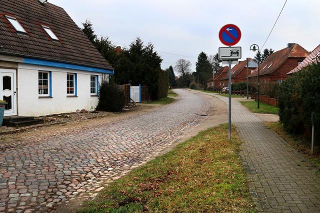rolfgoellnitz_villageviewinmecklenburg_2016_web_img_0161